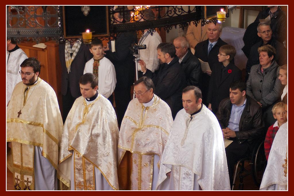 the gathered faithful