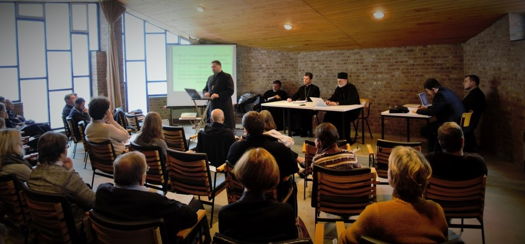 MASI alumnus Fr. Yuiry Shchurko delivers biblical reflections to the Sobor.